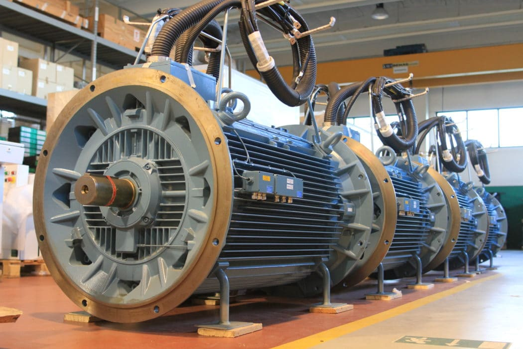 Powerful motors for wind tunnel
